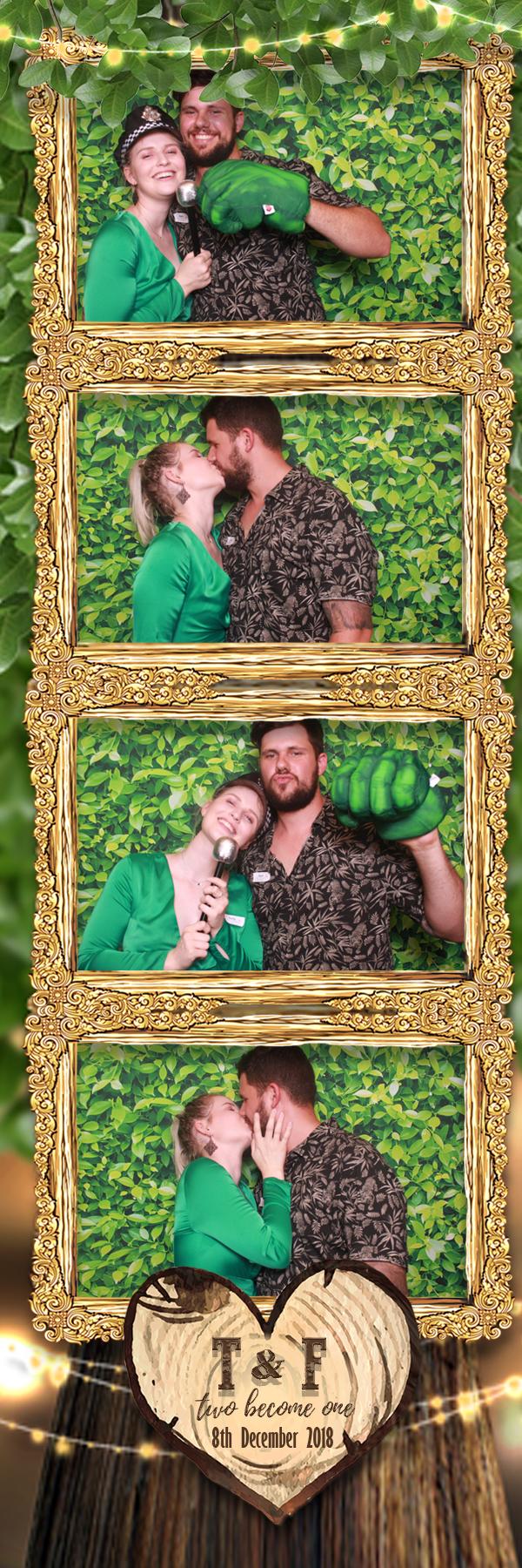 Photo booth photo strip green tree
